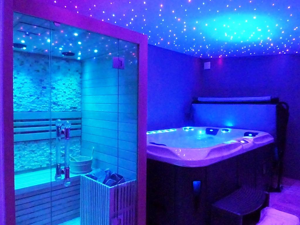 Best Chambre Luxe Avec Jacuzzi Ideas - lalawgroup.us - lalawgroup.us