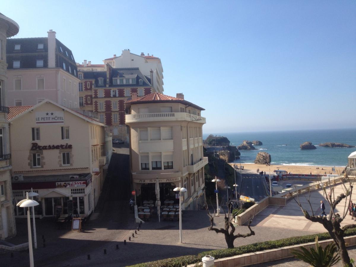 Le petit hôtel à Biarritz