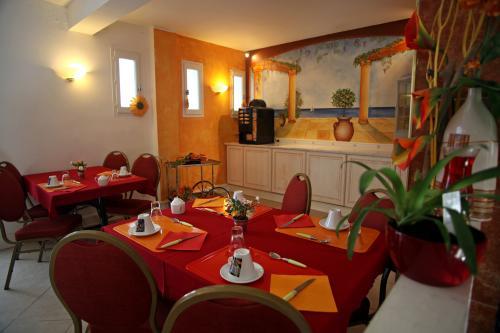 Le Sarac Hôtel & Business