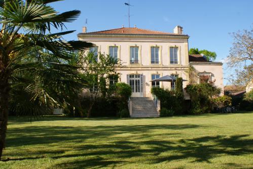 Château de Grenier Chambres d'Hôtes