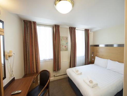 Belgrave Hotel Oval London