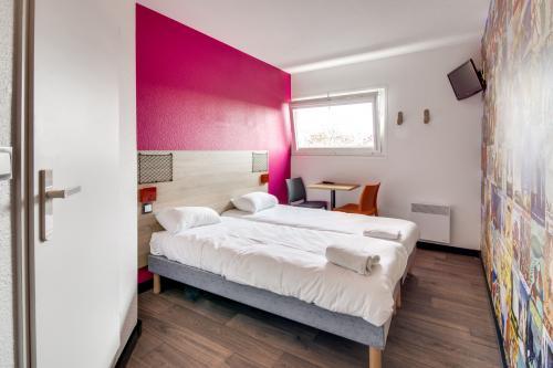 Hotel F1 Maurepas